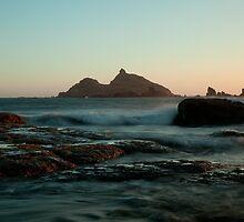 Castle Rock Pastel Glow by Dale Lockwood
