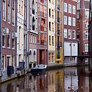Amsterdam Canal Life by phil decocco