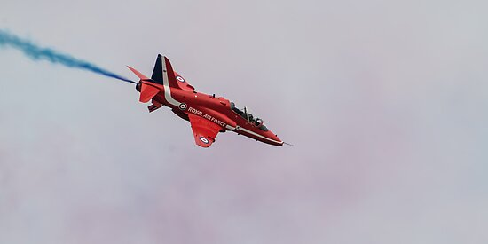 Synchro Uno - The Red Arrows - Rhyl 2012 by The Walker Touch
