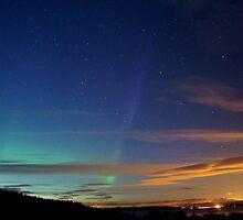 Aurora Rising by fajja