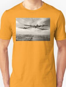 Dambusters practise low flying T-Shirt