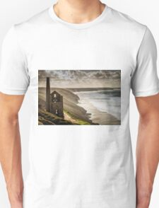 Overlooking the Storm. T-Shirt