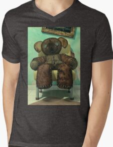 The Old and Unloved Teddy Bear Mens V-Neck T-Shirt