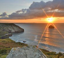 Cornwall: Sunburst over the Sea by Rob Parsons