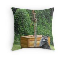 Wildlife finger bowel in Color Throw Pillow