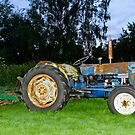 Old Tractor by JEZ22