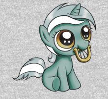 Filly Lyra (T-shirt) by Dori-to