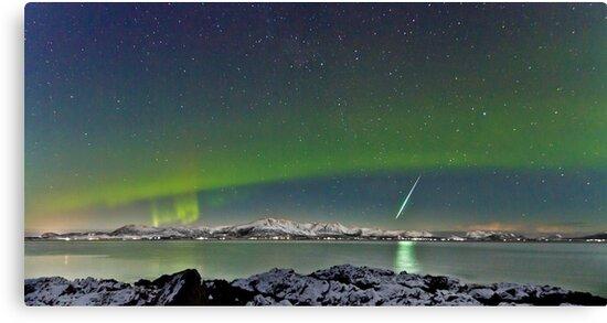 Aurora and Fireball by Frank Olsen