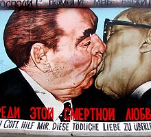 Graffiti painting on the Berlin wall by Maureen McMahon