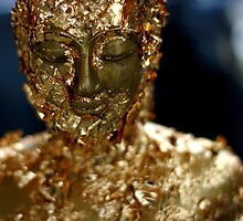 gold buddah by ratto
