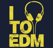 I Listen to EDM (yellow) One Piece - Long Sleeve