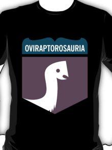 Dinosaur Family Crest: Oviraptorosauria T-Shirt