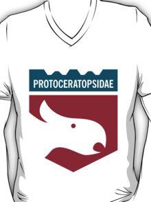 Dinosaur Family Crest: Protoceratopsidae T-Shirt