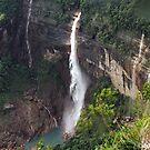 Noh-ka-likai falls on a rainy day. by debjyotinayak