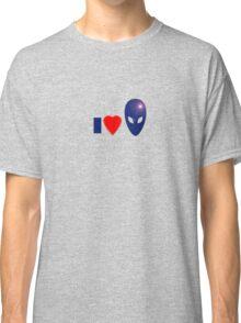 I Love Aliens - I Heart Alien T-shirt, UFO Space Sticker, Sweater, Top, Case Classic T-Shirt