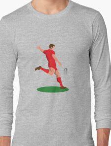 rugby player kicking ball retro Long Sleeve T-Shirt