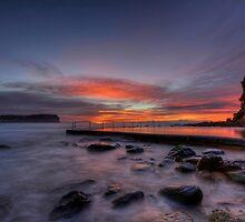 Macmasters Beach. by Warren  Patten