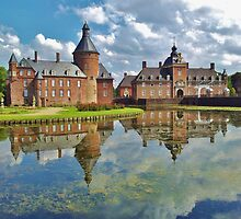Waterlily Castle by MiLaarElle
