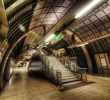 Jubilee Line by Yhun Suarez