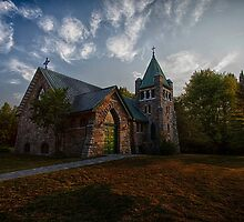 Holy Trinity Anglican Church by Richard Lee