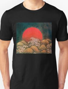 AMATERASU SUN GODDESS Red Black Brown Unisex T-Shirt