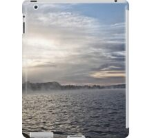 Foggy Sunrise at Lake Burley Griffin in Canberra/ACT/Australia (11) iPad Case/Skin
