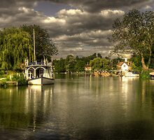 The River Thames at Streatley by Rob Hawkins