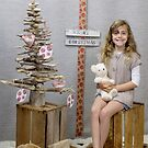 Christmas Family Photos - example by Elysian Photography ~ Art from the Heart