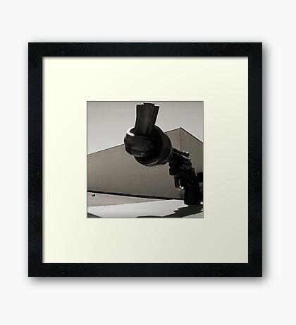 Un fleuve de liberte Framed Print