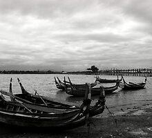 Taungthaman Lake by RicardMN