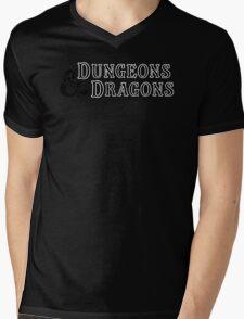 Dungeons & Dragons - D&D Classic Retro Logo Mens V-Neck T-Shirt