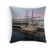 Hobart Wharf. Throw Pillow