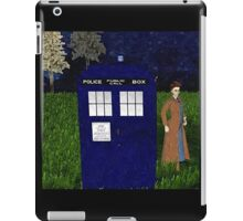 Dr Who David Tennent outside Tardis iPad Case/Skin