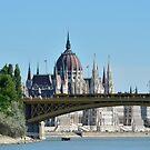 Margaret Bridge....  by Blagnys