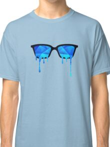 Abstract crystal ice blue triangle (low poly) / Hipster Nerd Glasses Classic T-Shirt
