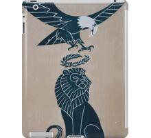 Americas tribute to Britain 0001 iPad Case/Skin
