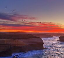 Sunrise - 12 Apostles by Hans Kawitzki