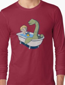 There's something in my bath!! Long Sleeve T-Shirt