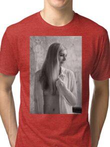 Nude Girl - NudeART Tri-blend T-Shirt