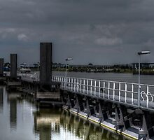 Amsterdam Rhine Canal by Peter Wiggerman