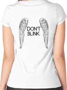 [Doctor Who] Don't Blink - Wings (Black) Women's Fitted Scoop T-Shirt