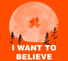 I Want To Believe In E.T. Kids Tee