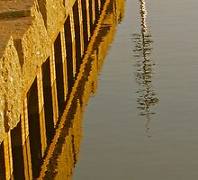 Reflections in the water by Ravred