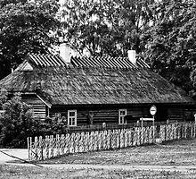 Old Farm House by tutulele