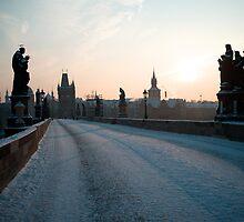 Karlův most by Richard McKenzie
