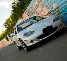 Hot Mazda MX-5 by George Benedek
