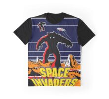 Invaders from space Graphic T-Shirt