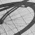 Bike's wheel by Manuel Gonçalves