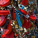 Love padlocks by eddiechui