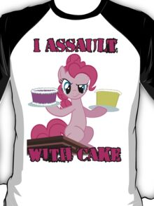 Pinkie Pie assaults with cake (My Little Pony: Friendship is Magic) T-Shirt
